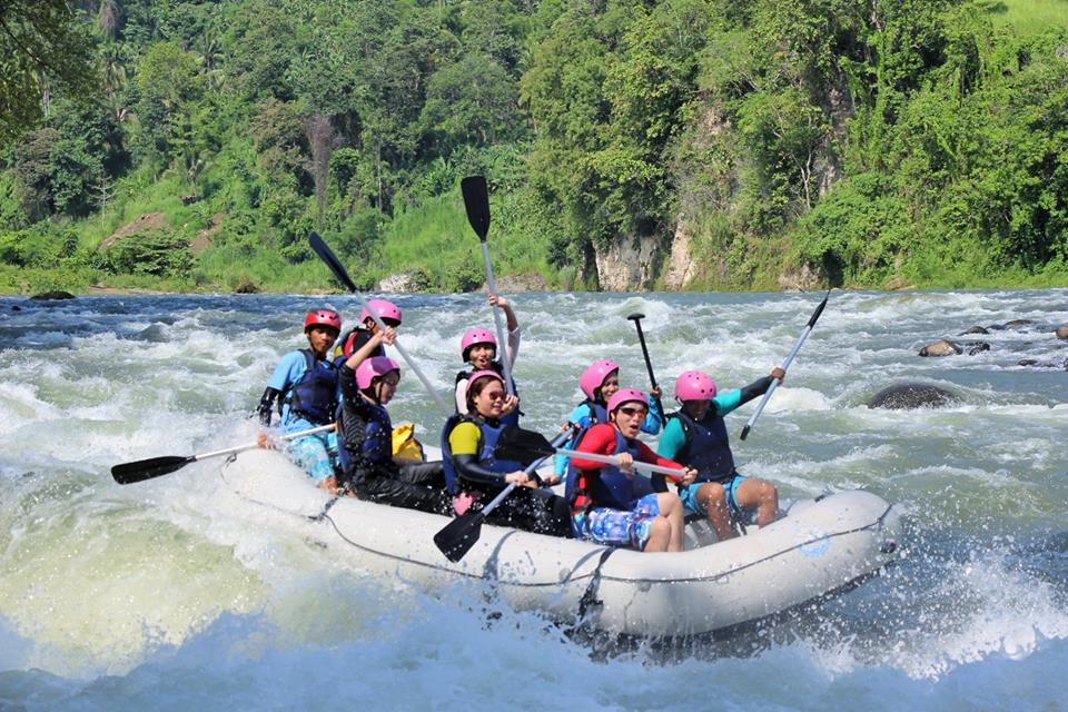 rafting ride about cdo