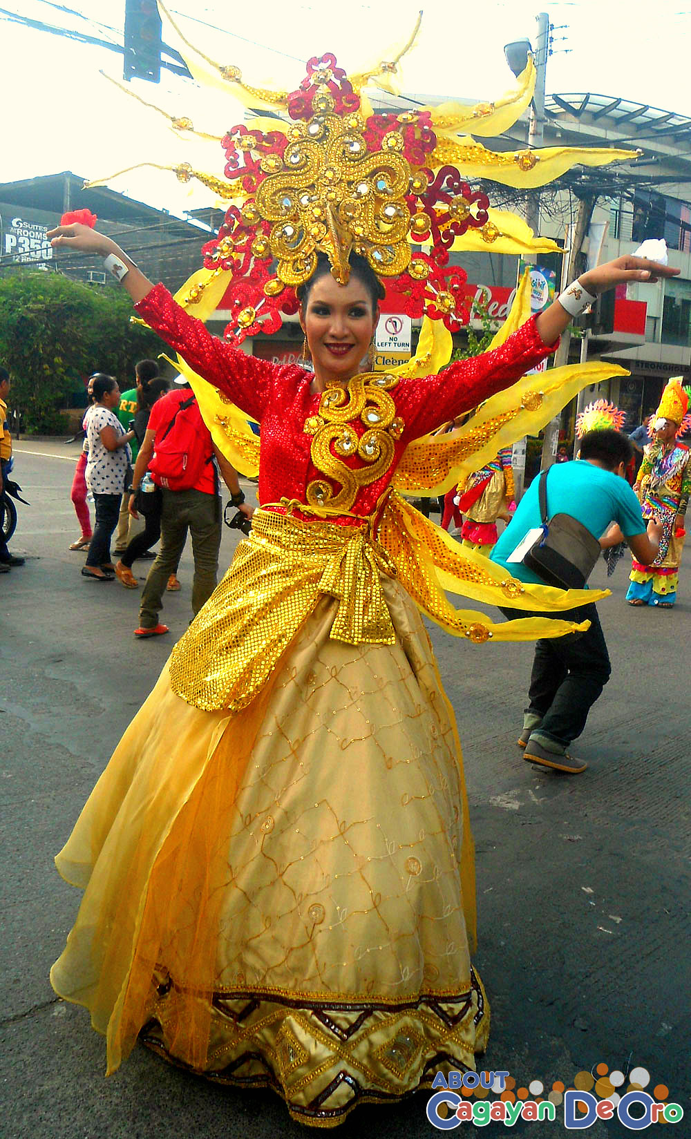 Macasandig National High School Carnival Queen - Cagayan de Oro Carnival Parade 2015