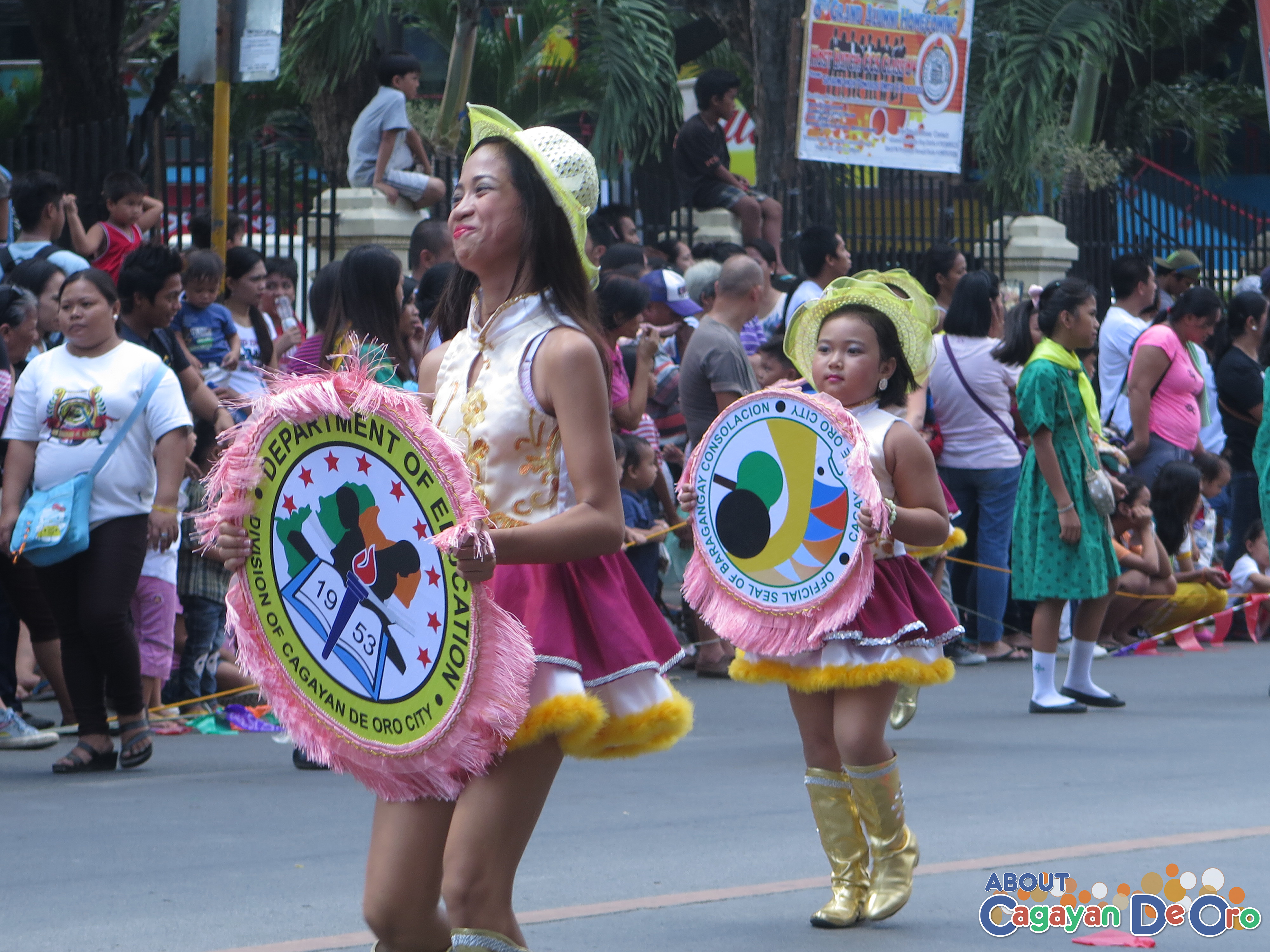 Consolacion Elementary School at Cagayan de Oro The Higalas Parade of Floats and Icons 2015