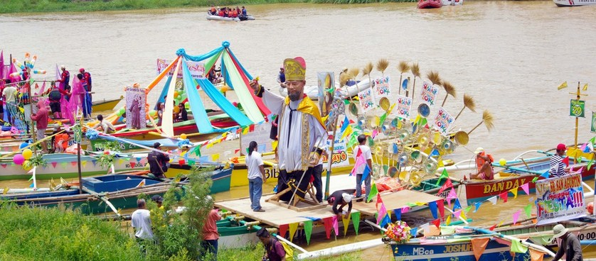 higalaay fluvial procession 2015