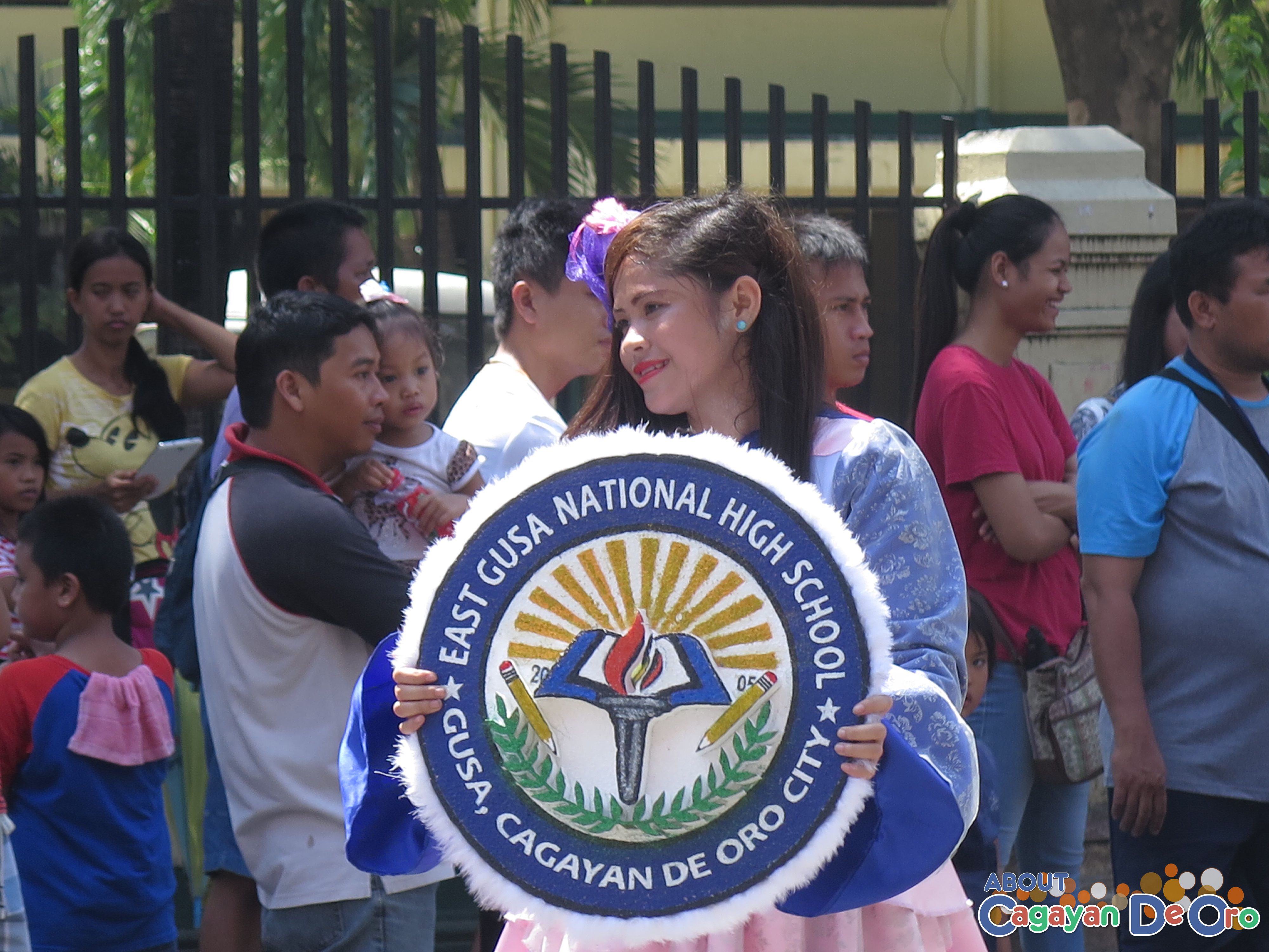 East Gusa National High School at Cagayan de Oro The Higalas Parade of Floats and Icons 2015