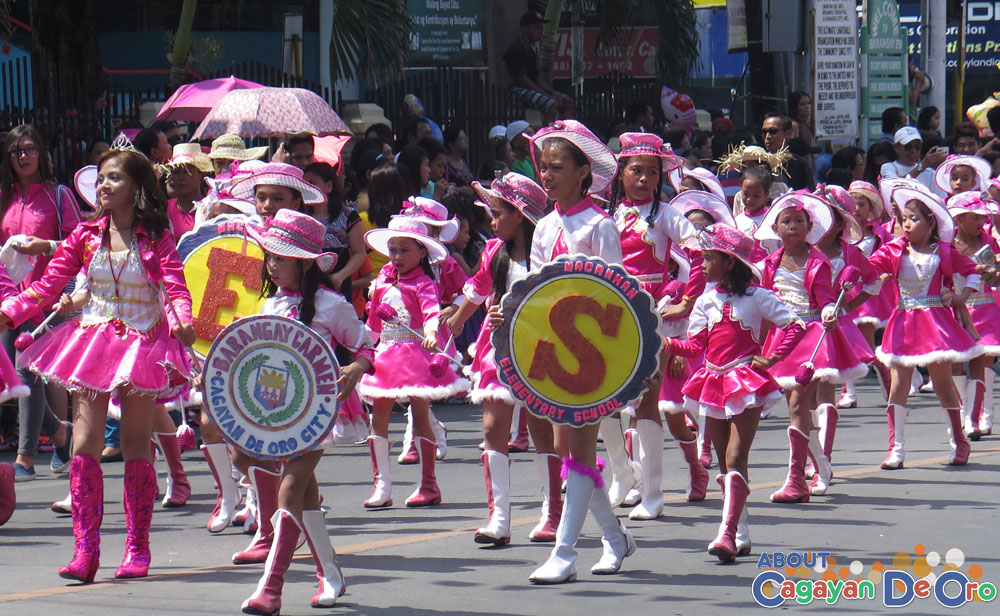 Macanhan Elementary School at Cagayan de Oro The Higalas Parade of Floats and Icons 2015