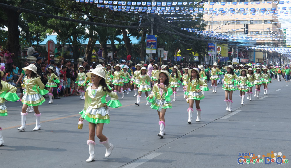 Puerto Elementary School at Cagayan de Oro The Higalas Parade of Floats and Icons 2015