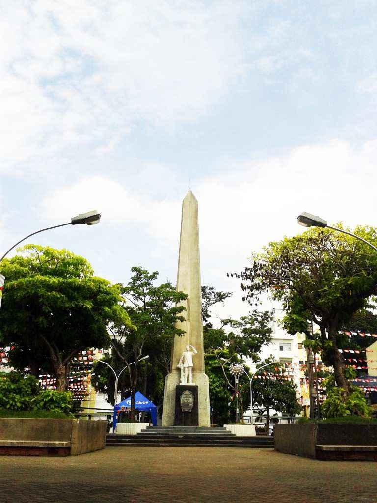 Golden Friendship Park Plaza Divisoria
