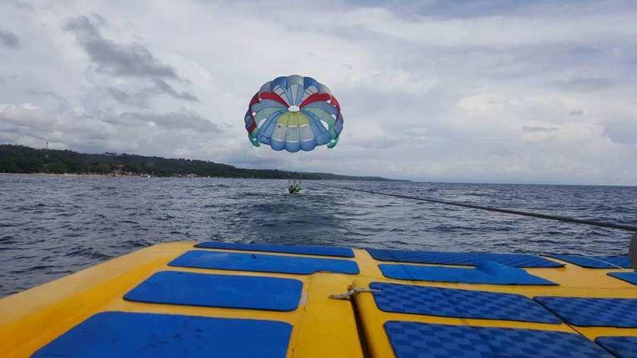 parasailing blusands