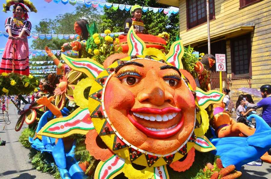 Higalaay Street Parade and Floats